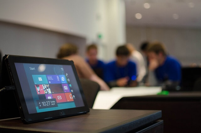City of Liverpool College faculty gives top marks to Lenovo Tablet 2